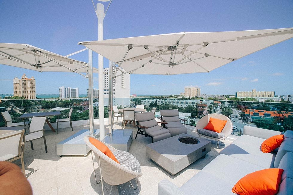 art ovation roof top restaurant