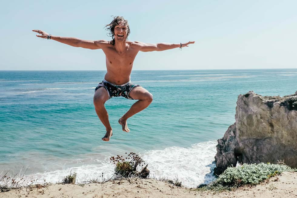 le travel fever at malibu beach